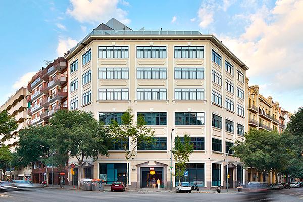 Edificio de 39 viviendas en la c arag n barcelona - Calle borrell barcelona ...
